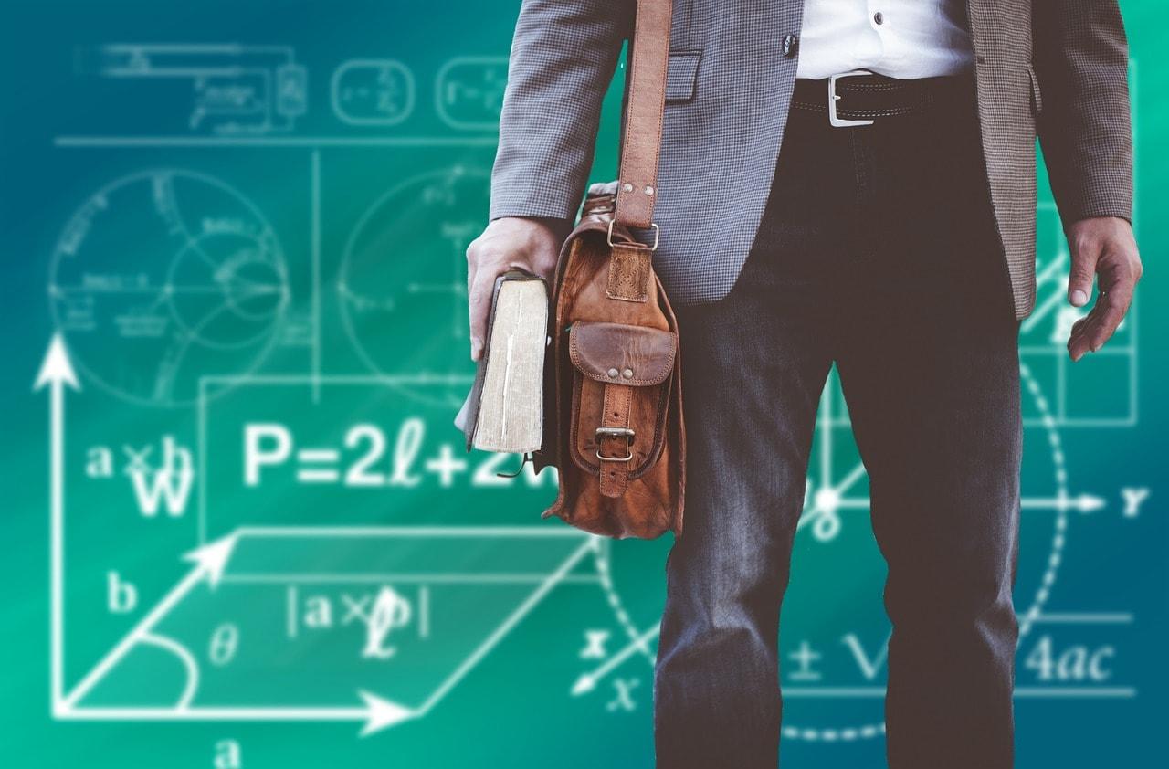 大学教員になるには?現役の非常勤講師が分かりやすく教えます